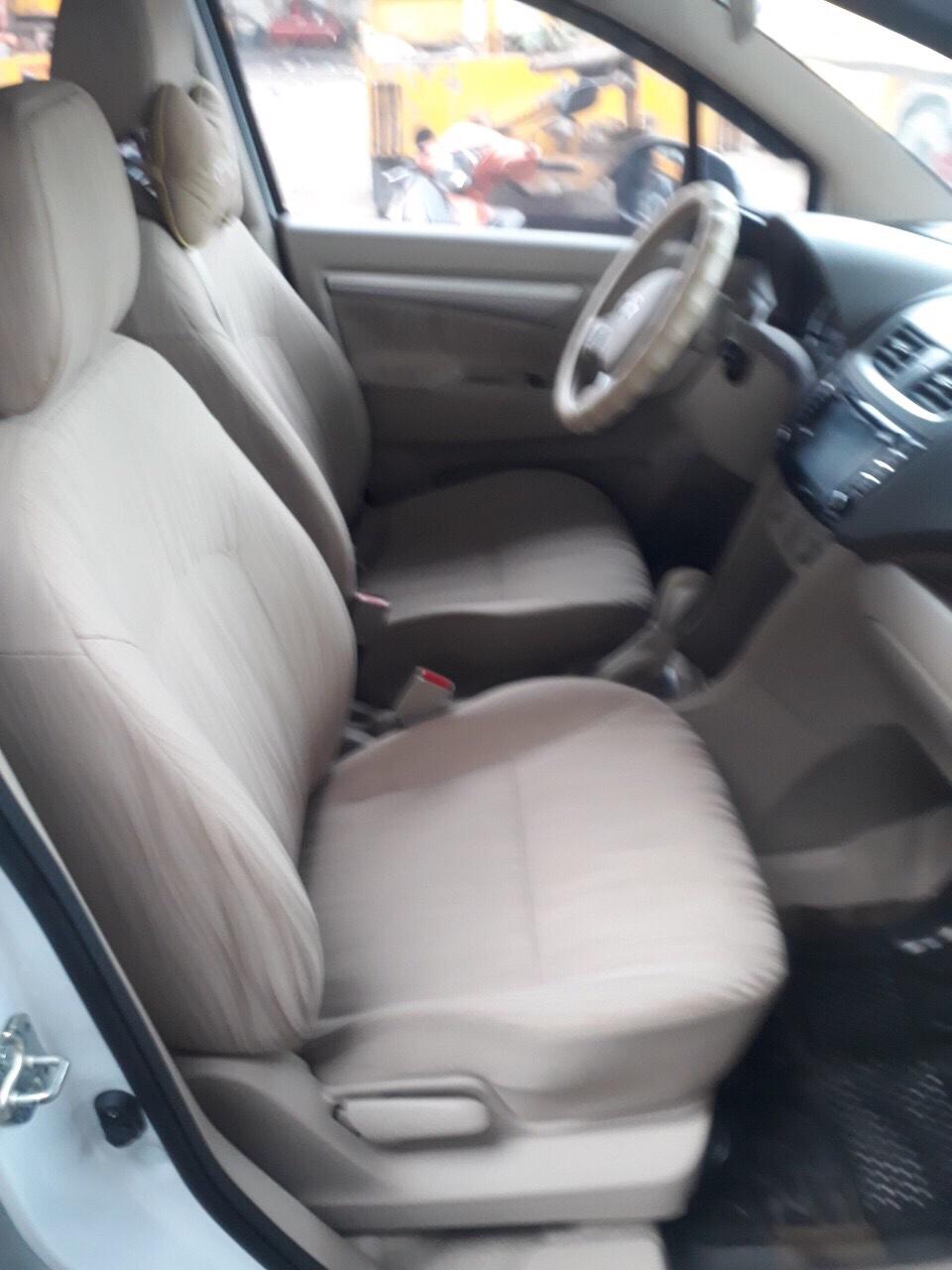 Bán xe Suzuki Ertiga G năm sản xuất 2016, màu trắng, nhập khẩu