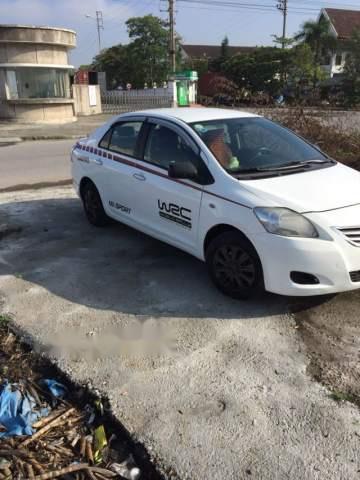 Bán xe Toyota Vios năm sản xuất 2009, màu trắng, giá 25tr