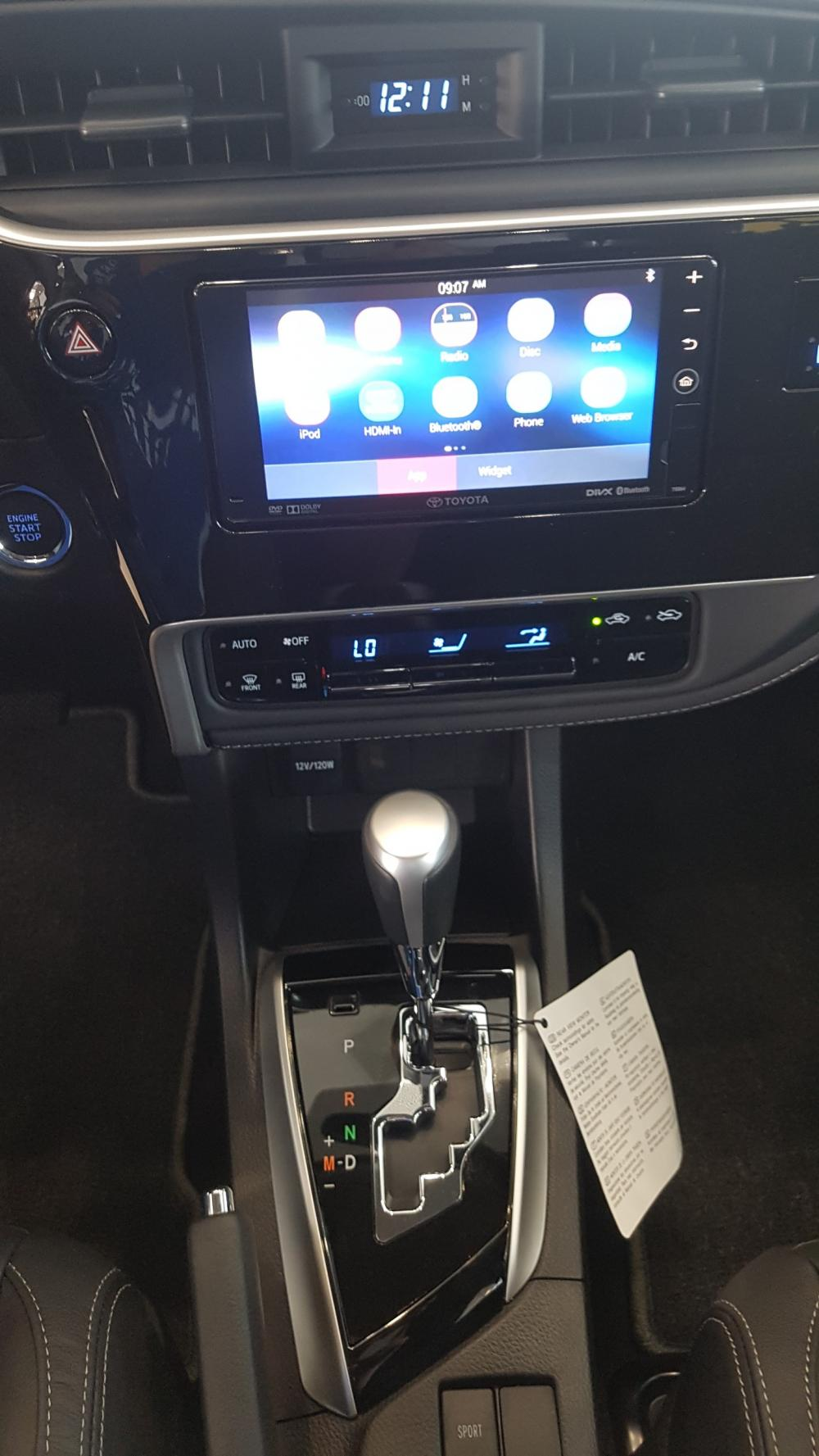 Toyota Corolla Altis E 2019, giảm tiền mặt, tặng full option