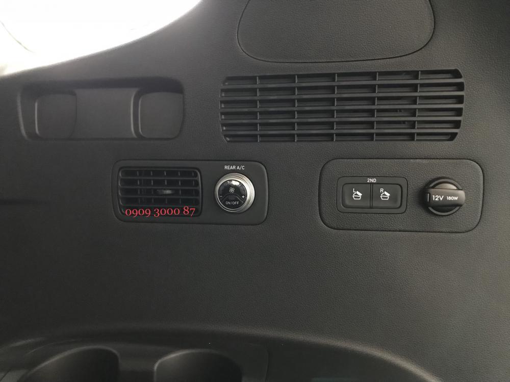 Cần bán Hyundai Santa Fe sản xuất 2019, màu đen
