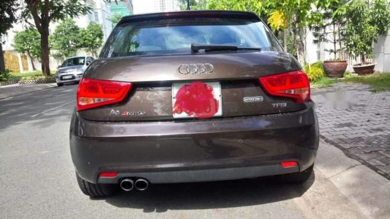 Bán Audi A1 sản xuất năm 2012, màu nâu, xe nhập, xe gia đình