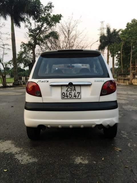 Bán xe Daewoo Matiz đời 2004, màu trắng, xe gia đình