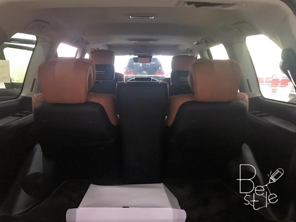 Bán Toyota LandCruise 5.7 Autobiography MBS, 4 chỗ, 4 ghế massage, 2019, mới 100%.