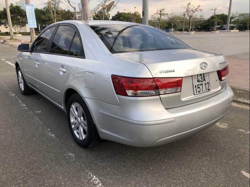 Bán Hyundai Sonata 2.0 MT, xe nhập khẩu nguyên con