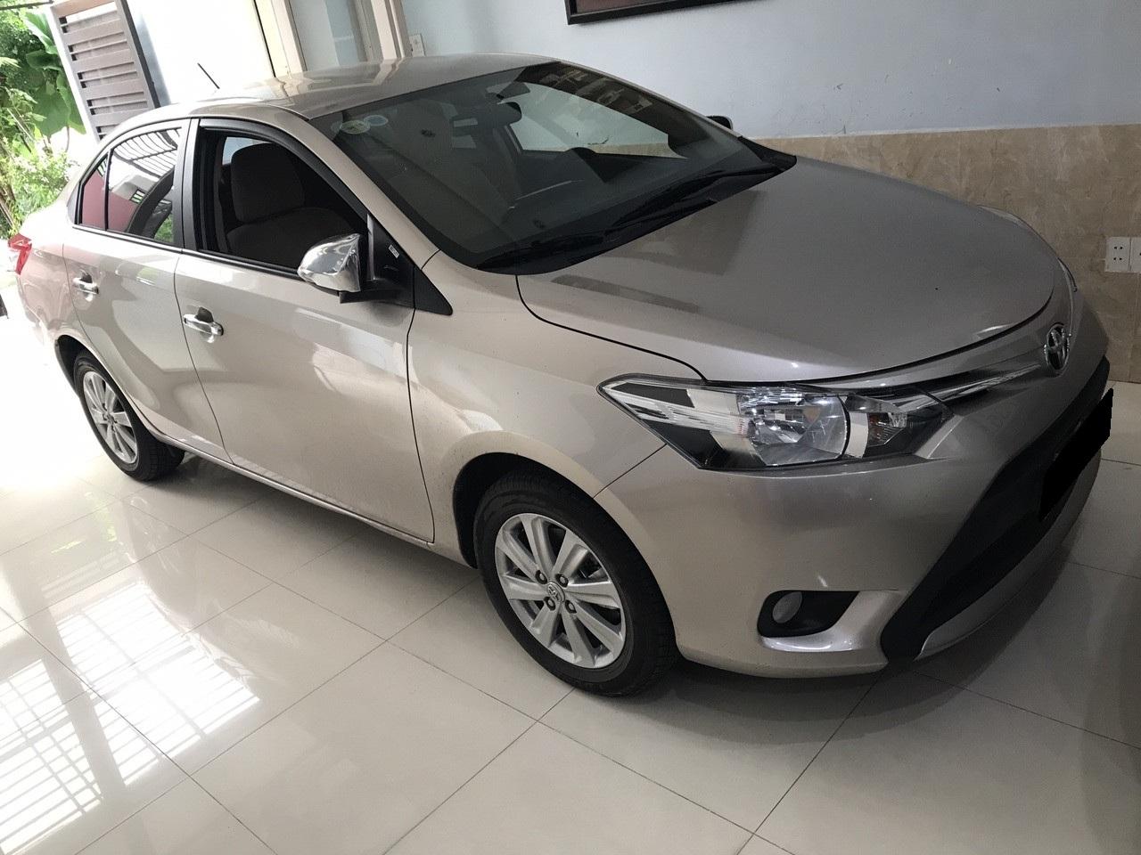Bán Toyota Vios E 2016 màu bạc, tự động xe rất mới