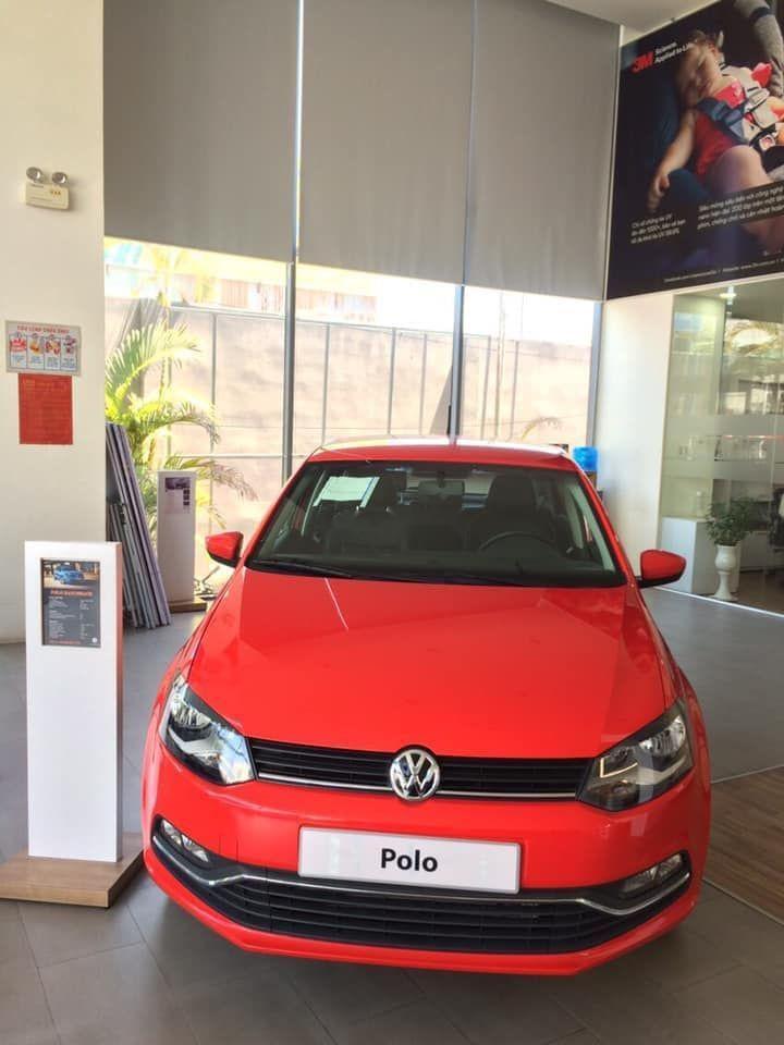 Bán xe Volkswagen Polo SX 2018, màu đỏ, nhập khẩu. Ưu đãi khủng