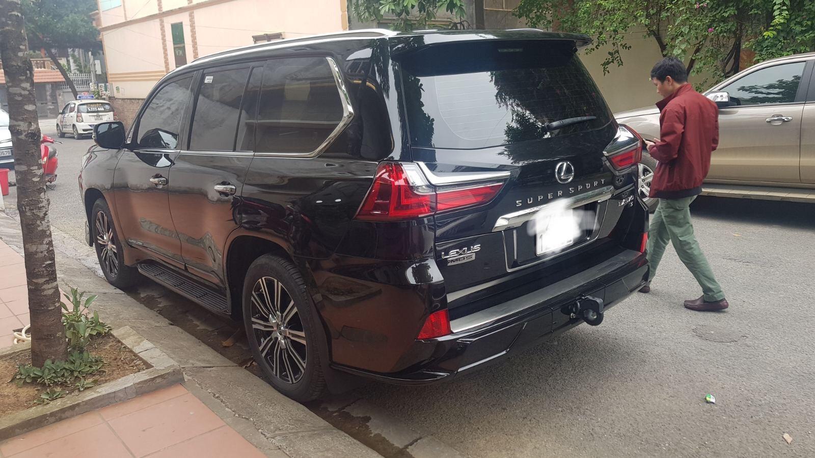 Bán xe Lexus LX 570 MBS đời 2019, màu đen, nhập khẩu chính hãng