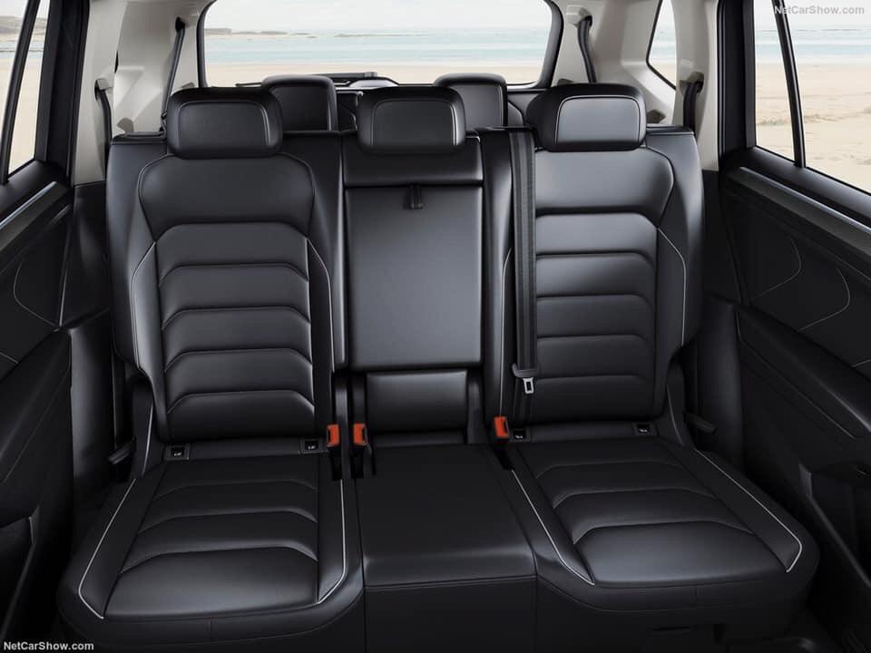Volkswagen Tiguan Topline nhập khẩu, màu đen tặng lệ phí trước bạ, hỗ trợ trả góp 0%