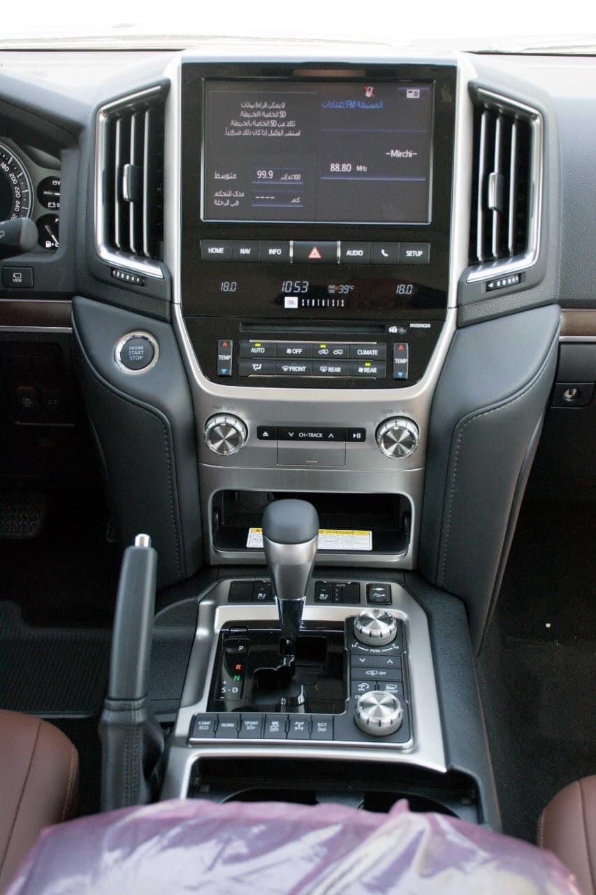 Bán Toyota Land Cruise VXS 5.7, sản xuất 2020, full kịch đồ, xe giao ngay