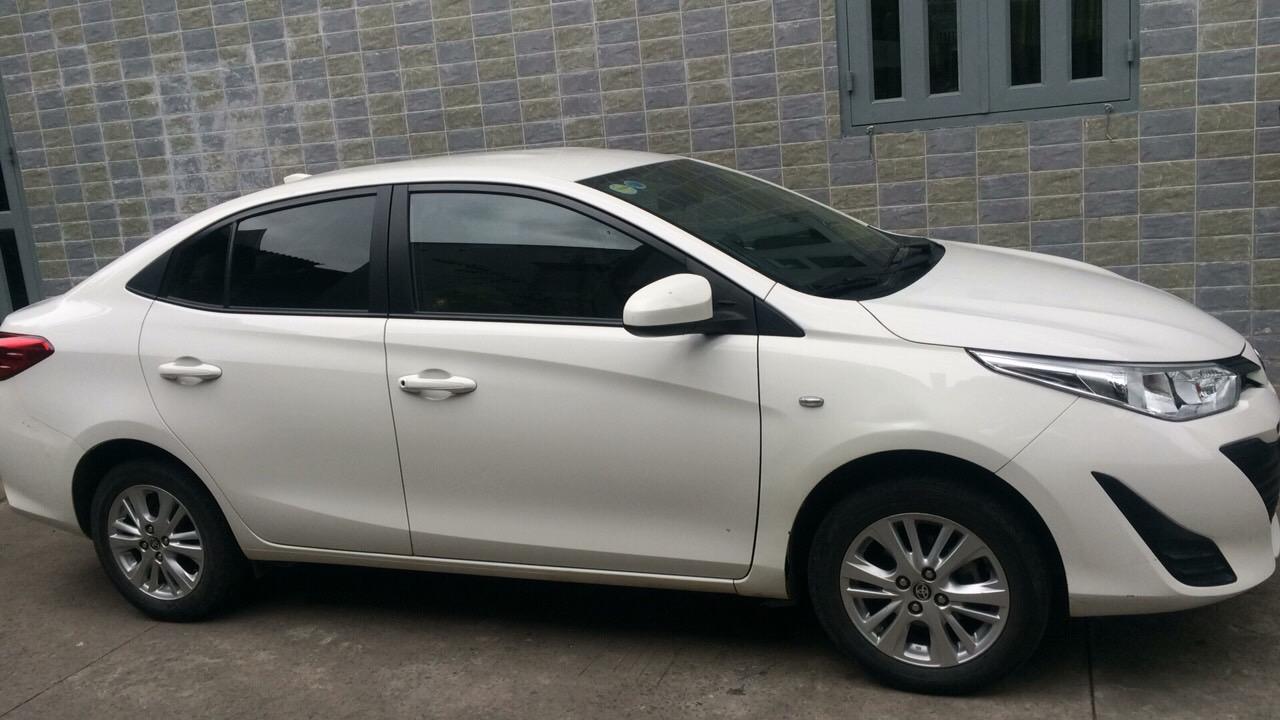 Bán Toyota Vios đời 2018, màu trắng, đẹp như mới