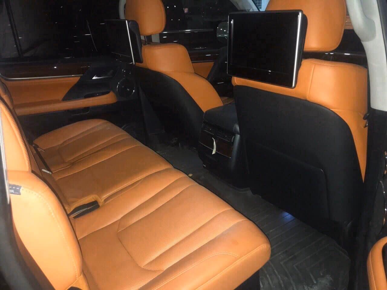 Bán Lexus LX 570 đời 2019, màu đen, xe nhập, như mới