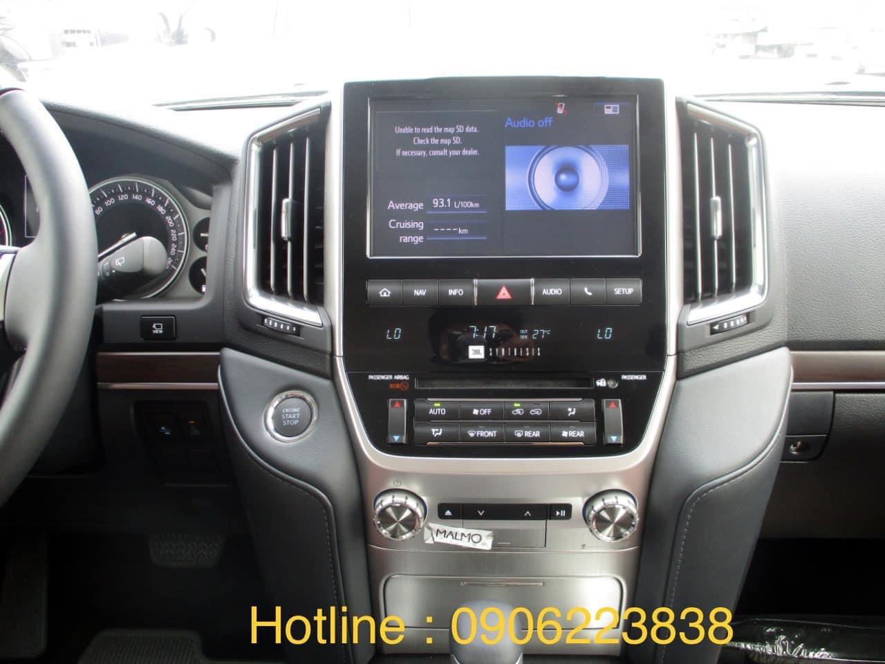 Bán ô tô Toyota Land Cruiser đời 2021, màu đen, nhập khẩu