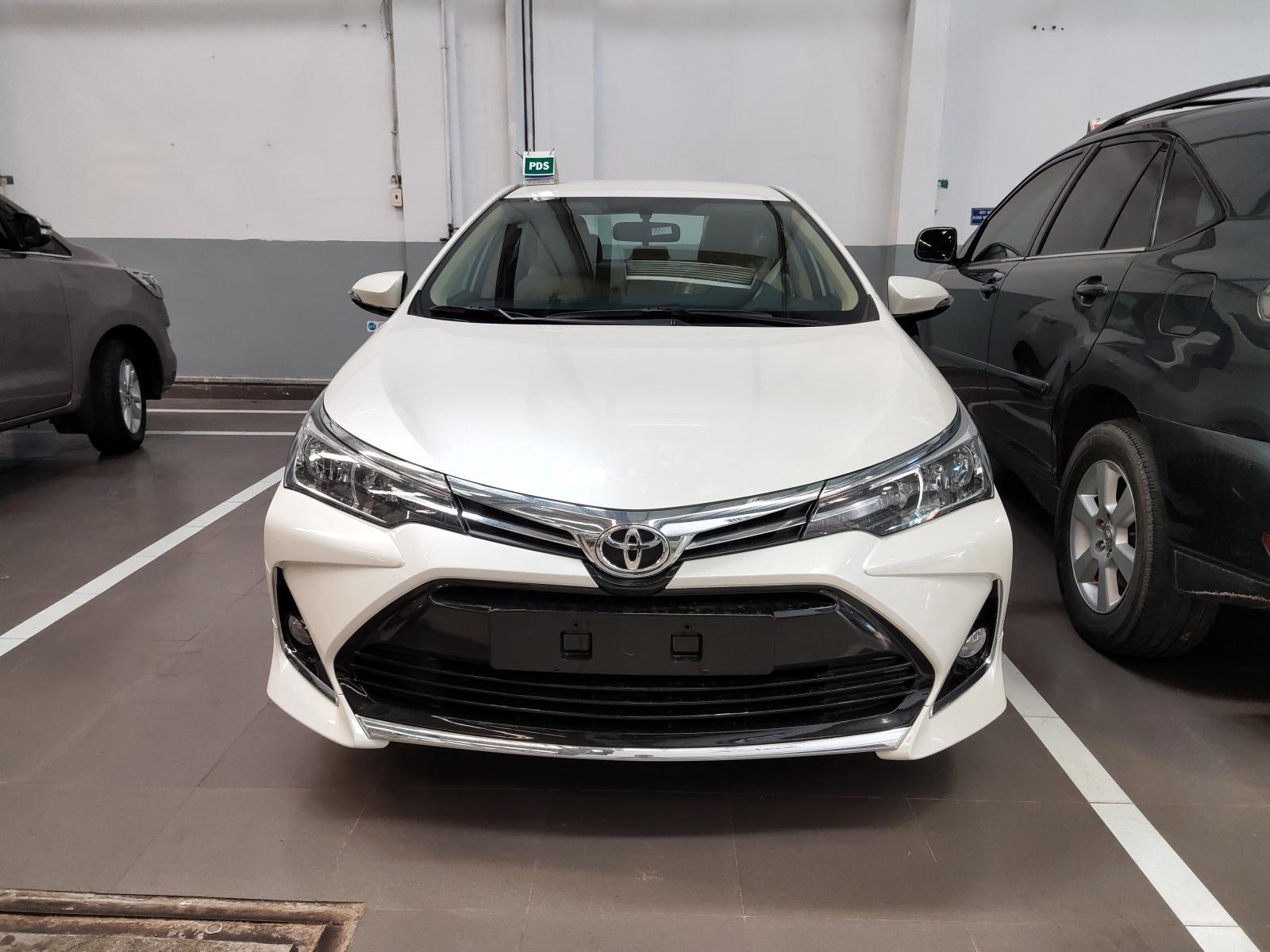 Corolla Altis mới tại Toyota An Sương