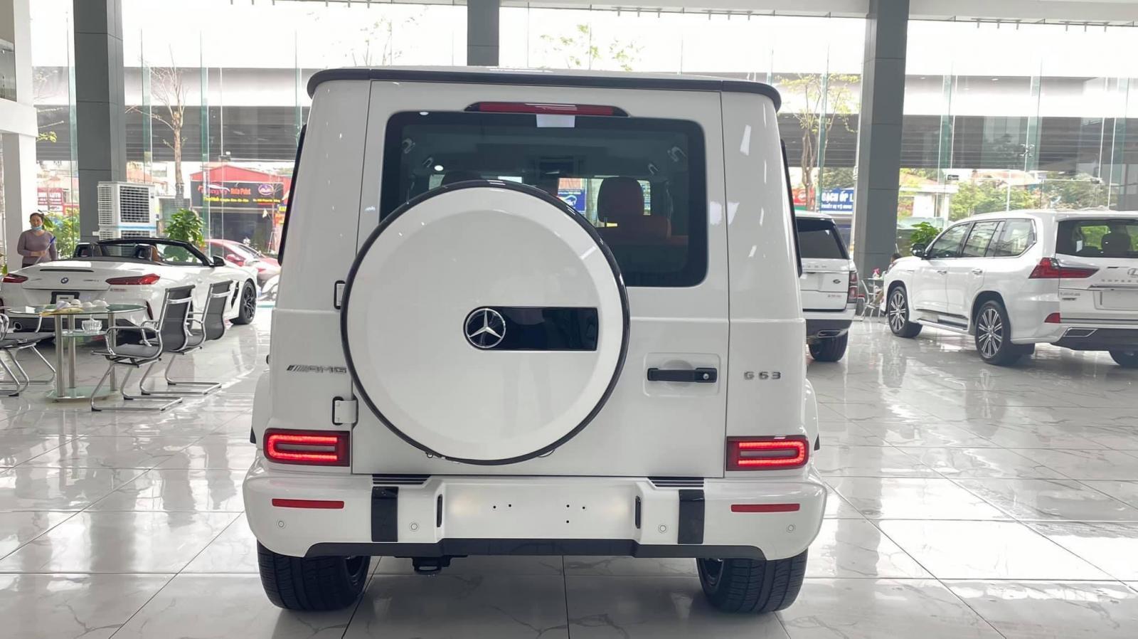 Giao ngay Mercedes G63 AMG sản xuất 2021, mới 100%, bản full