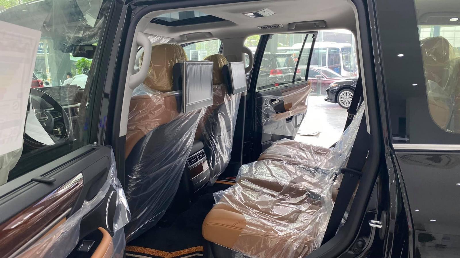 Bán Lexus LX 570 Super Sport sản xuất 2021, 8 chỗ giá tốt, giao ngay toàn quốc