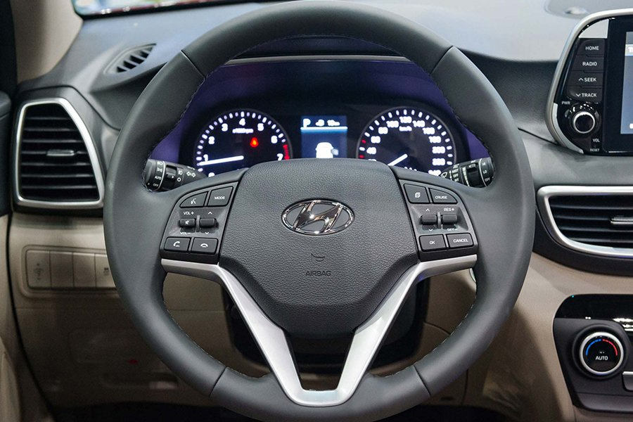 Giá Hyundai Tucson 2021 giảm giá chạm đáy, hỗ trợ thuế trước bạ