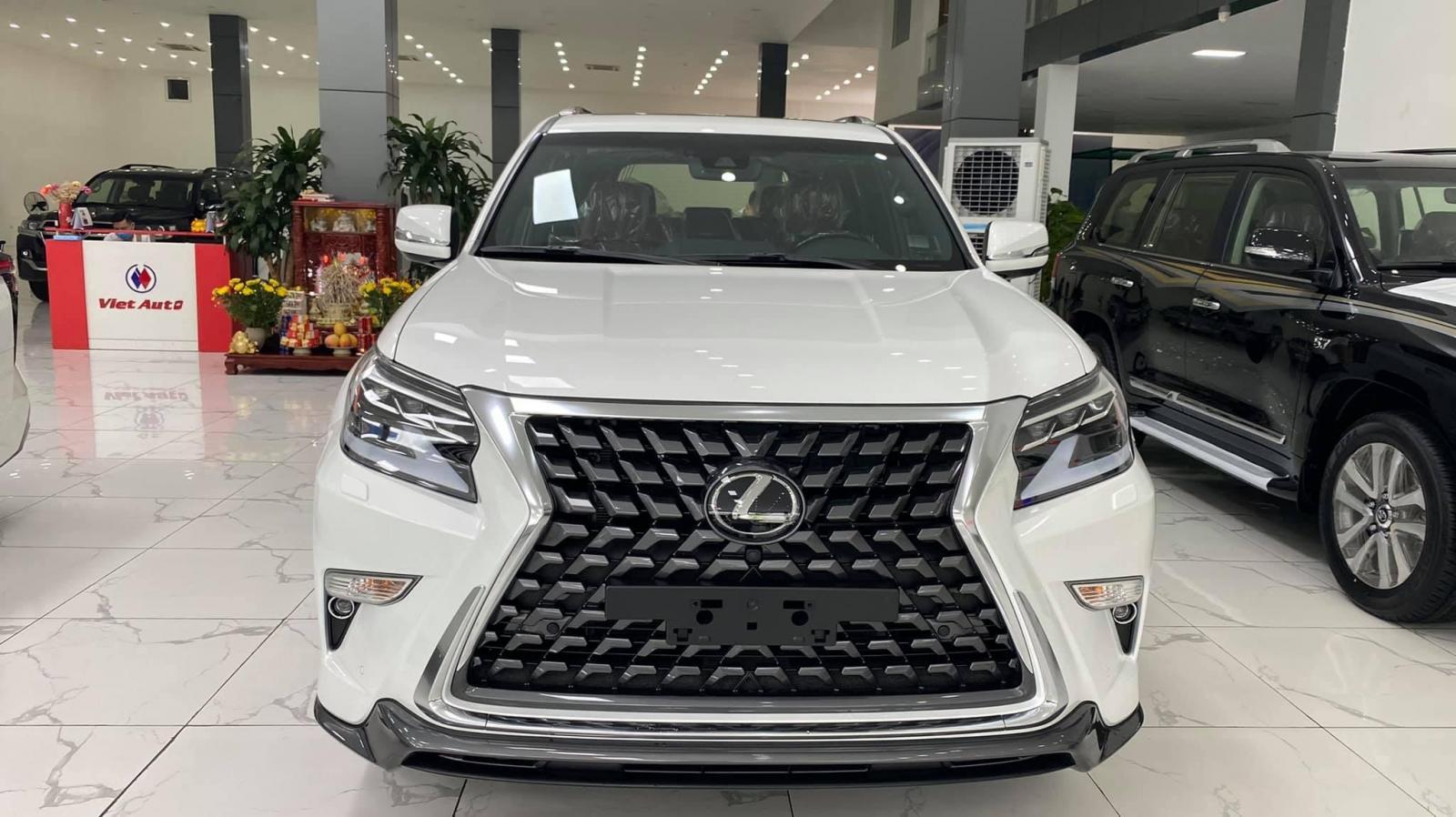 Cần bán xe Lexus GX460 Platinum đời 2021, màu trắng, xe nhập
