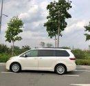 Cần bán Toyota Sienna 2015 mẫu 2016, màu trắng, nhập khẩu nguyên chiếc giá 3 tỷ 450 tr tại Tp.HCM
