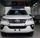 Cần bán Toyota Fortuner  đời 2018 đủ màu giá 1 tỷ 26 tr tại Tp.HCM