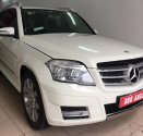 Cần bán gấp Mercedes GLK300 2009 màu trắng, giá cạnh tranh, xe cực tốt giá 695 triệu tại Hà Nội