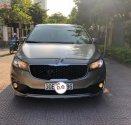 Chính chủ bán xe Kia Sedona 3.3 GATH đời 2016, màu vàng cát giá 1 tỷ 80 tr tại Hà Nội