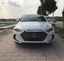 Bán xe Hyundai Elantra 2017, màu trắng, chính chủ giá 635 triệu tại Hà Nội