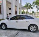 Cần bán gấp Chevrolet Cruze LT 1.6L năm 2017, màu trắng, số sàn giá 415 triệu tại Đà Nẵng