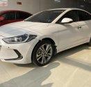 Bán xe Hyundai Elantra 2.0 AT sản xuất 2017, màu trắng số tự động, giá chỉ 600 triệu giá 600 triệu tại Tp.HCM