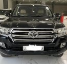 Bán Toyota Land Cruiser VX 4.6 V8 2016, màu đen, xe siêu mới, biển Hà Nội giá 2 tỷ 980 tr tại Hà Nội