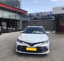 Cần bán xe Toyota Camry 2.5Q 2019 màu trắng nhập Thái chính hãng Toyota Sure giá 1 tỷ 240 tr tại Tp.HCM