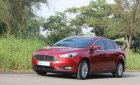 Cần bán gấp Ford Focus Titanium đời 2016, màu đỏ, 678 triệu