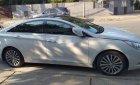 Cần bán gấp Hyundai Sonata năm 2013, màu trắng, nhập khẩu