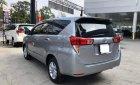 Cần bán gấp Toyota Innova 2.0E MT năm sản xuất 2017, màu bạc số sàn