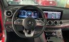 Cần bán xe Mercedes E300 2019, màu đỏ