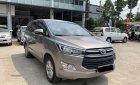 Cần bán Toyota Innova 2.0E đời 2018, màu nâu