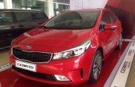 Cần bán xe Kia Cerato GAT đời 2018, màu đỏ, hỗ trợ trả góp, LH: 0989.240.241 giá 589 triệu tại Phú Thọ