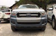 Giao ngay Ford Ranger XLS AT 4x2 màu xanh thiên thanh, hỗ trợ trả góp 90% giá 685 triệu tại Quảng Ninh