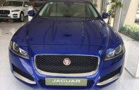 Bán xe Jaguar XF Pure 2017 màu xanh, khuyến mãi giá tốt nhất xe giao ngay tặng bảo dưởng, bảo hành giá 2 tỷ 199 tr tại Tp.HCM