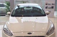 Bán xe Ford Focus Trend đời 2017, màu trắng, 580 triệu giá 580 triệu tại Hải Phòng