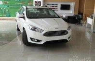 Bán ô tô Ford Focus đời 2017, màu trắng giá 740 triệu tại Tp.HCM