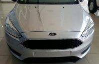 Bán Ford Focus Trend Ecoboost 2018 giá tốt, xe đủ màu giao ngay, hỗ trợ vay vốn 90% giá xe giá 605 triệu tại Hải Phòng