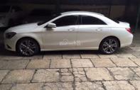Cần bán xe Mercedes CLA 200 năm sản xuất 2014, màu trắng, nhập khẩu nguyên chiếc giá 980 triệu tại Bình Dương