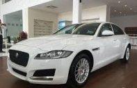 Bán Jaguar XF Pure 2017 màu trắng bảo hành, giá tốt bao test hãng 0918842662 giá 1 tỷ 899 tr tại Tp.HCM