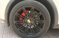 Chính chủ bán Porsche Cayenne Cayen s năm 2011, màu trắng giá 2 tỷ 180 tr tại Hà Nội