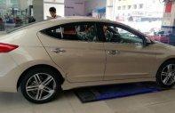 Bán Hyundai Elantra Sport 1.6 AT năm sản xuất 2018, màu vàng cát giá 739 triệu tại Tp.HCM