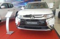 Cần bán Mitsubishi Outlander CVT sản xuất 2018, màu trắng giá 823 triệu tại Tp.HCM