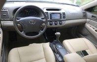 Cần bán gấp Toyota Camry đời 2004, màu đen giá 160 triệu tại Hà Nội