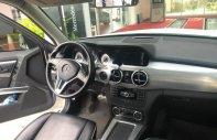 Bán xe Mercedes GLK 250 AMG năm 2013, màu trắng, nhập khẩu nguyên chiếc còn mới giá 1 tỷ 150 tr tại Tp.HCM