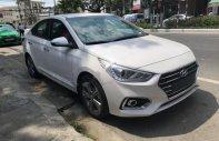 Bán Hyundai Accent 1.4 AT 2018, màu trắng giá 540 triệu tại Đà Nẵng