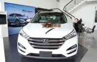 Cần bán Hyundai Tucson đời 2018, màu trắng giá 828 triệu tại BR-Vũng Tàu